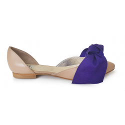 Nude flats with bow