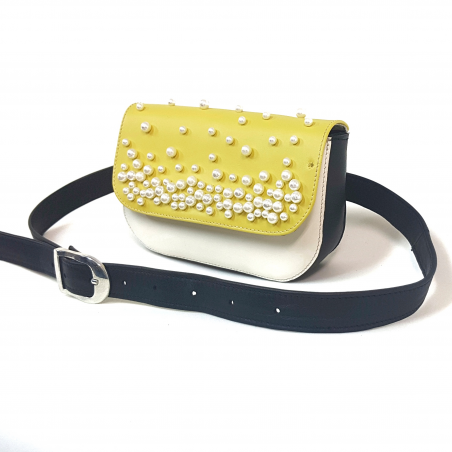Belt bag with pearls